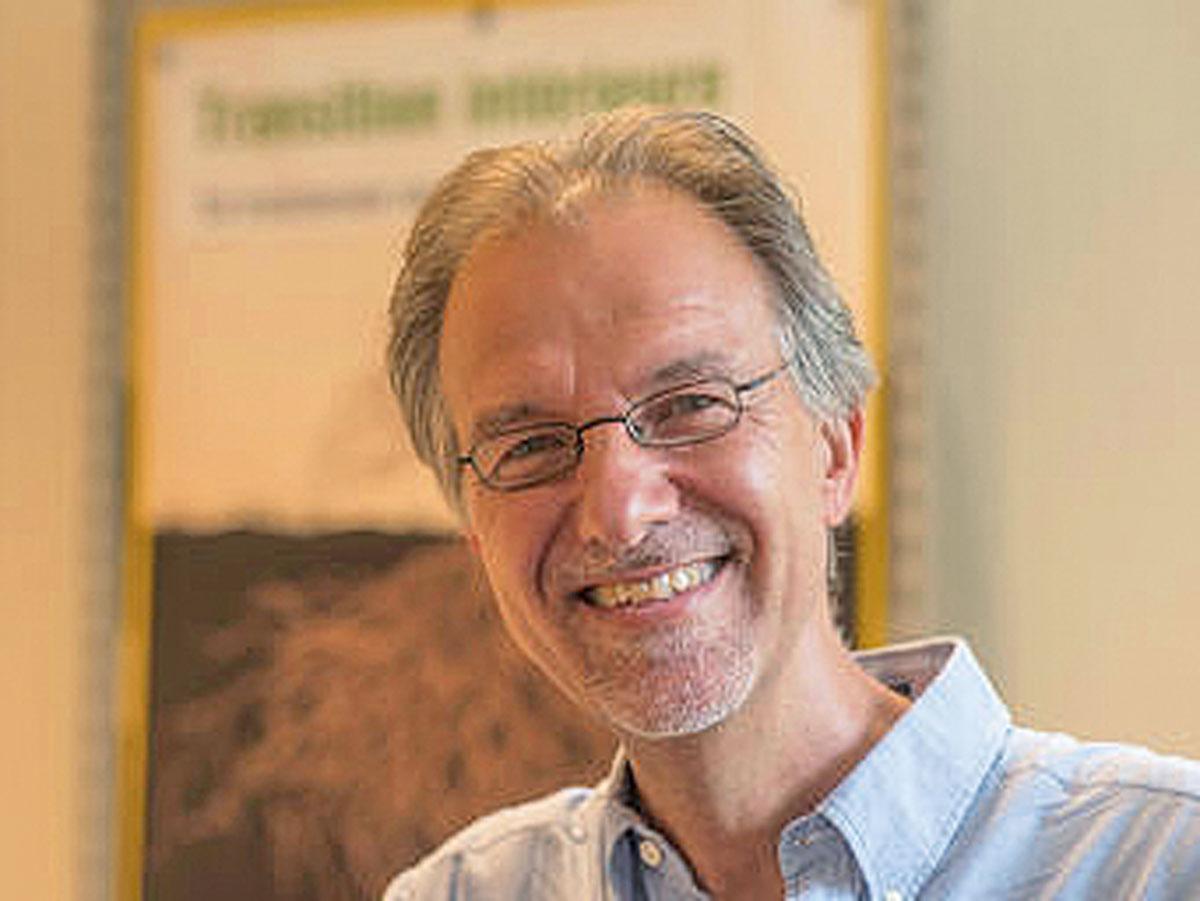 Un auteur, un livre: Michel Maxime Egger, «Se libérer du consumérisme»